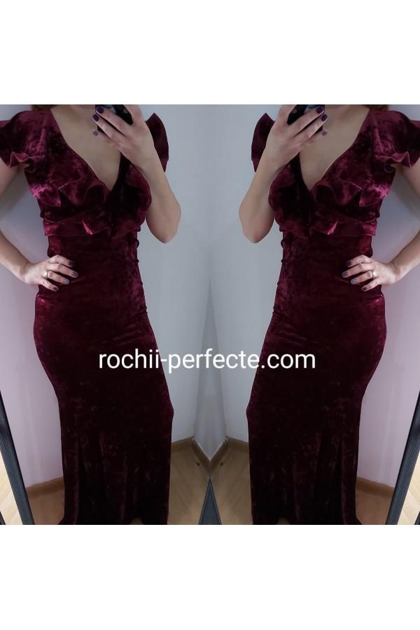rochie de catifea elastica bordo