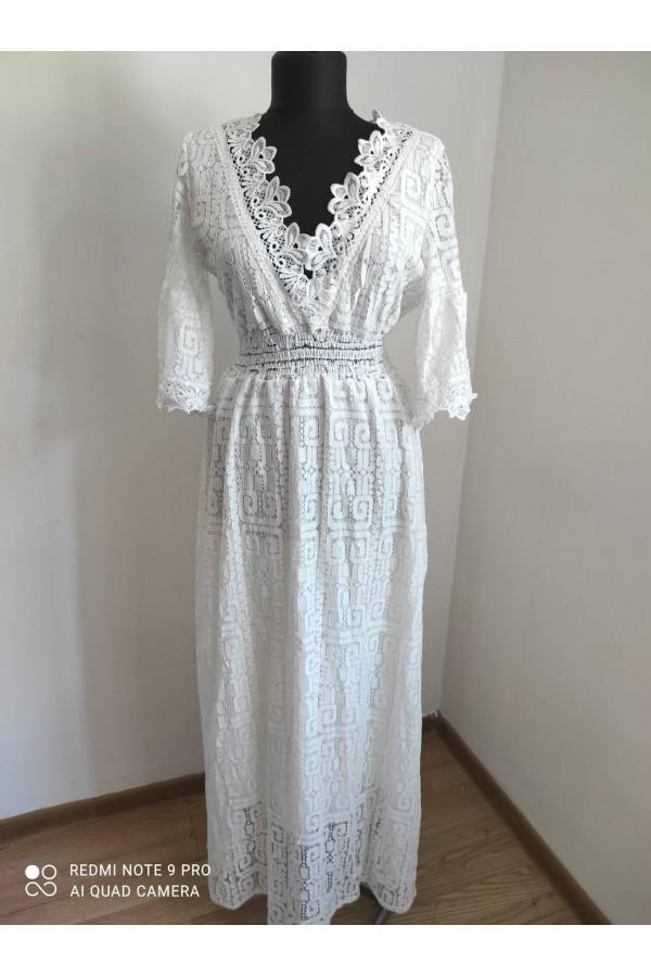 rochie alba din dantela